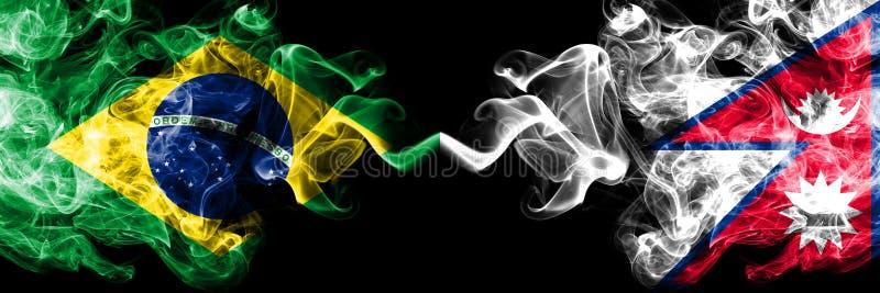 Brasilien gegen Nepal, nepalesische Rauchflaggen nebeneinander gesetzt Dicke farbige seidige Rauchflaggen des Brasilianers und de lizenzfreie stockfotos