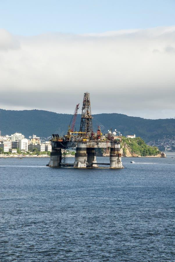 Brasilien - olje- Rig In Guanabara Bay - Rio de Janeiro royaltyfri foto