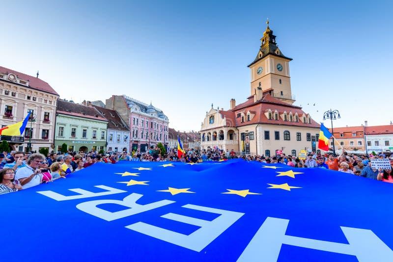 brasov中心城市老罗马尼亚 从海外的罗马尼亚人抗议反对gover 库存图片