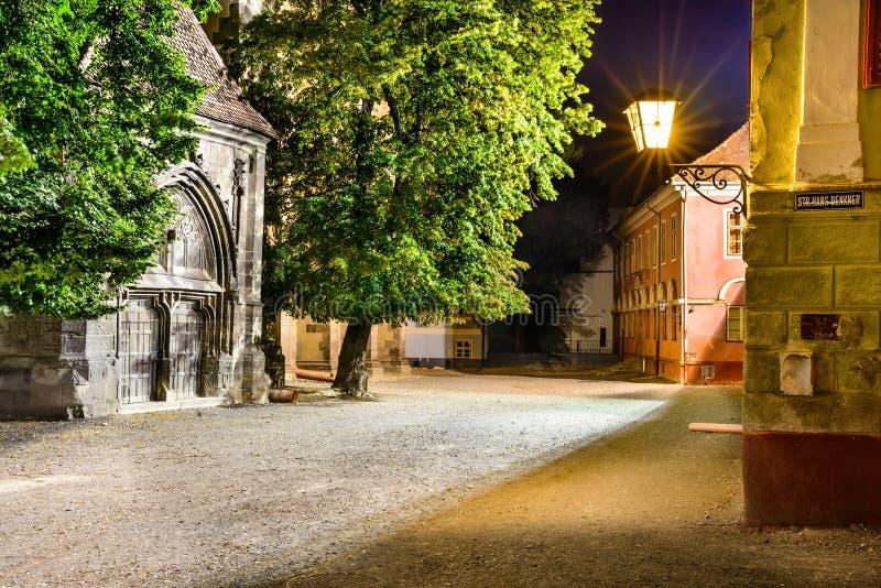 Brasov, Czarnego kościół kwadrat zdjęcia stock
