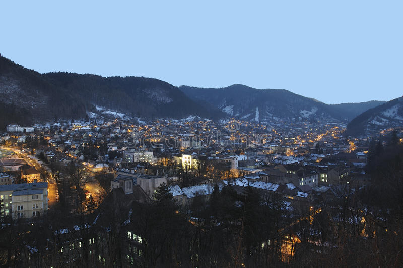 brasov pejzaż miejski noc obrazy royalty free