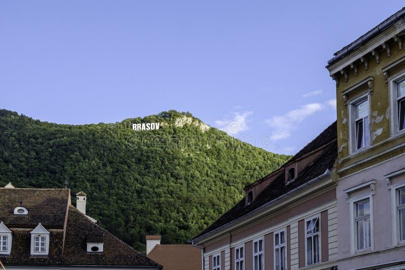 Brasov, romania, Europa, vista do quadrado da casa de conselho fotos de stock