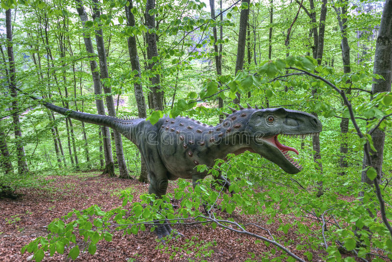 BRASOV, ROMANIA - JUNE 2015: Real-sized dinosaurs at Rasnov Dino royalty free stock photos