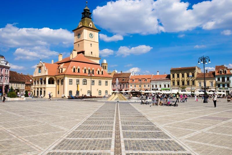 Brasov, Siebenbürgen, Rumänien Das alte Stadtzentrum nannte Piata stockfotografie