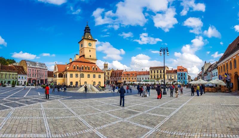 BRasov stadspanorama, Rumänien fotografering för bildbyråer
