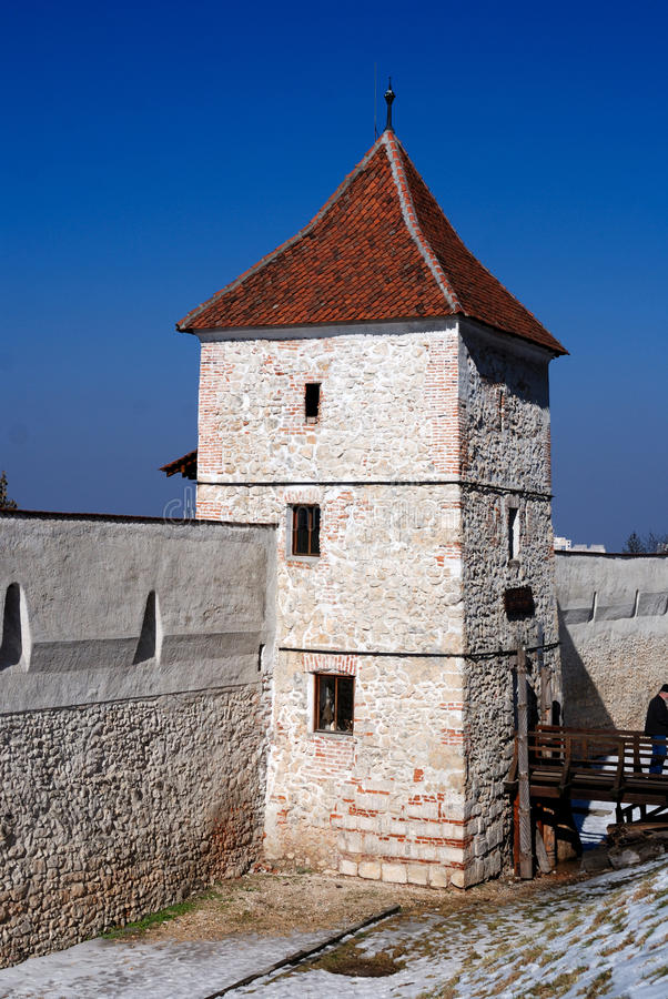 Brasov Verstärkungwand und Kontrollturm, Transylvanien. lizenzfreie stockfotos