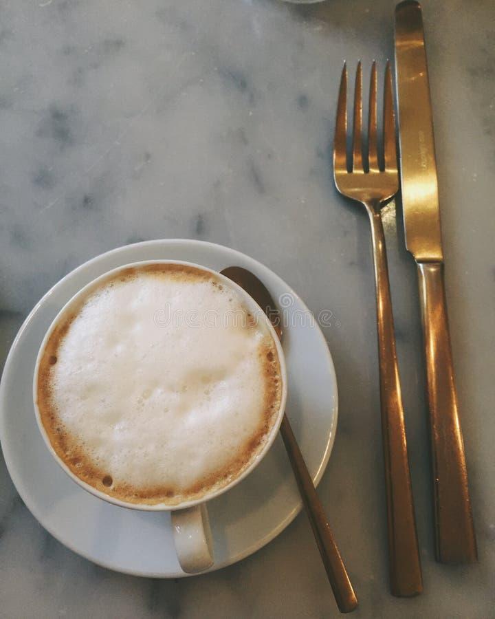 Brassy kaffe arkivfoton