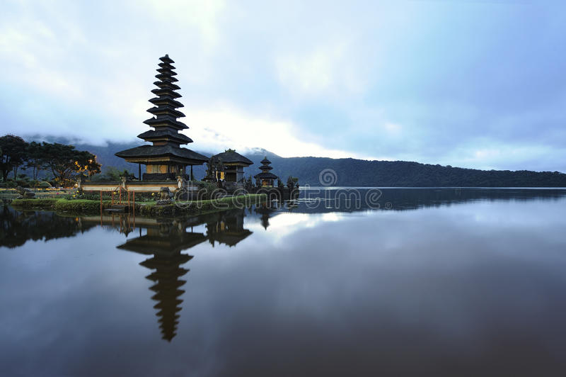 bratan λίμνη του Μπαλί στοκ εικόνες με δικαίωμα ελεύθερης χρήσης