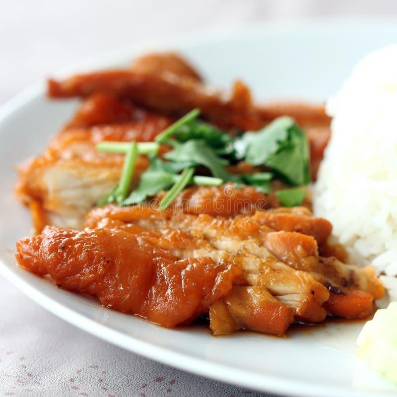 Brathähnchen mit Reis stockfoto