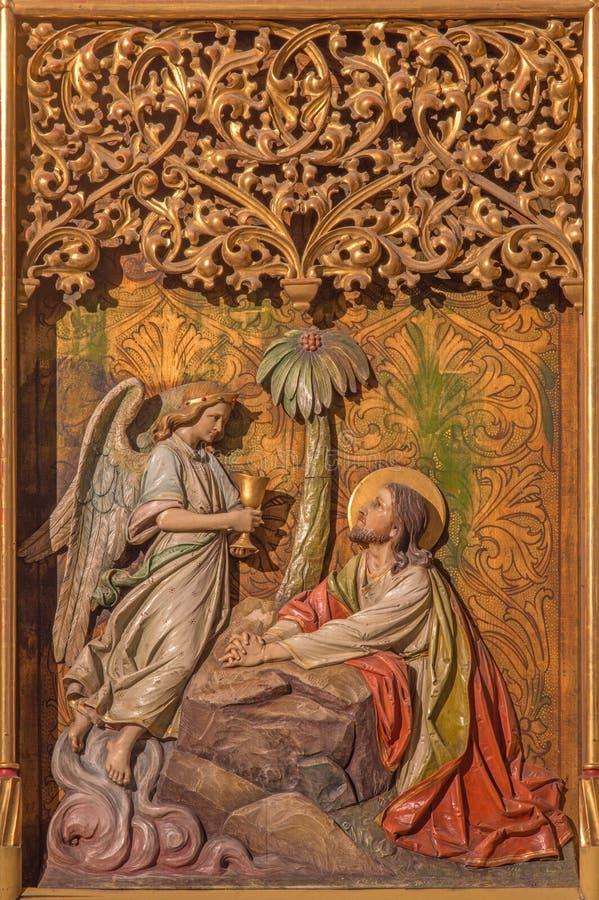 Bratislava - bön av Jesus i den Gethsemane trädgården på det gotiska sidoaltaret i den St Martin domkyrkan. royaltyfri bild