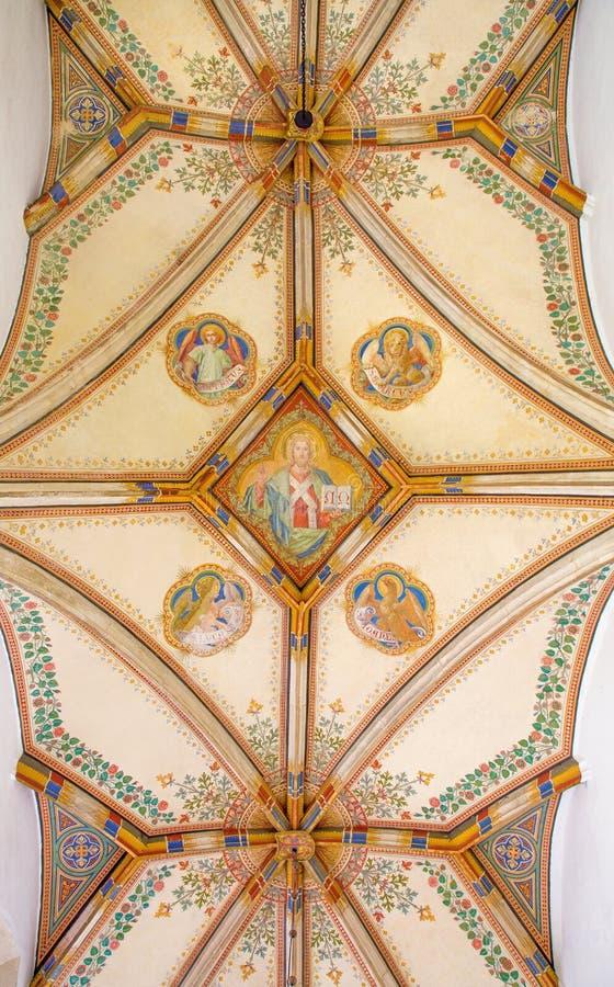 Bratislava - Decke St- Anngotischer Seitenkapelle durch Carl Jobst von. Cent 19. in St- Martinkathedrale. stockbild