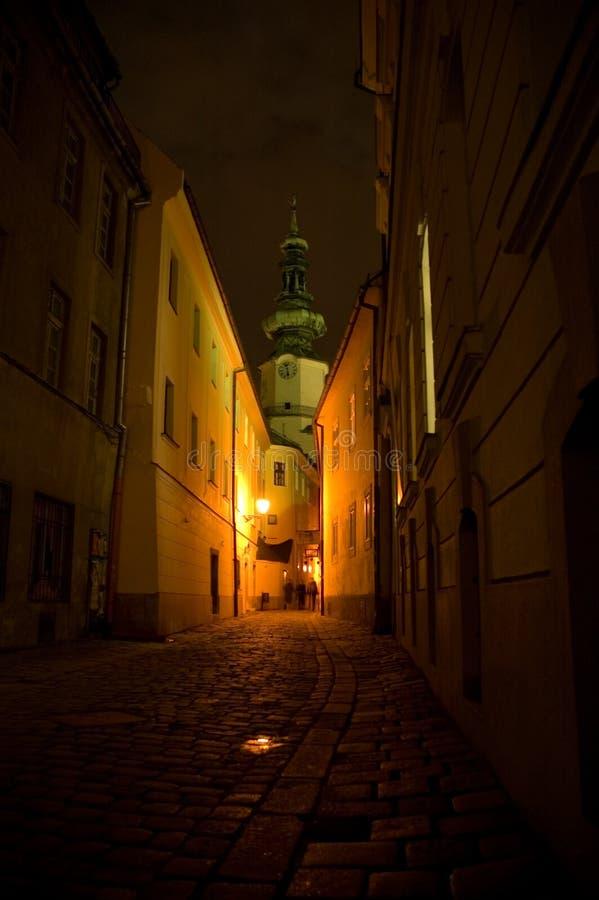 Bratislava en la noche foto de archivo