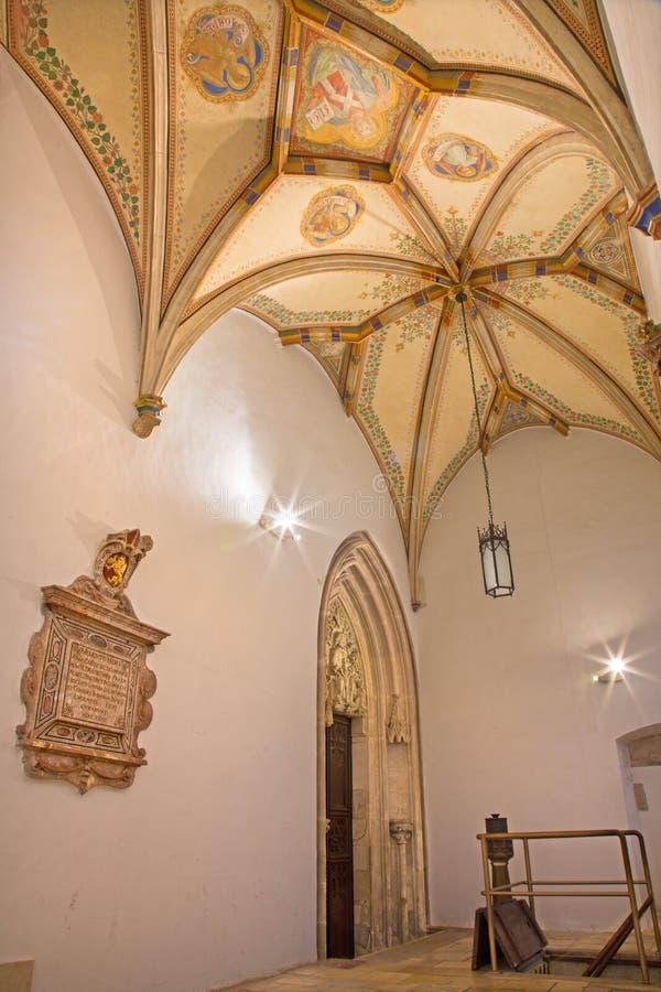 Bratislava - fresk jezus chrystus i cztery ewangelisty symbolu. Stropować St. Ann gothic boczna kaplica obrazy royalty free