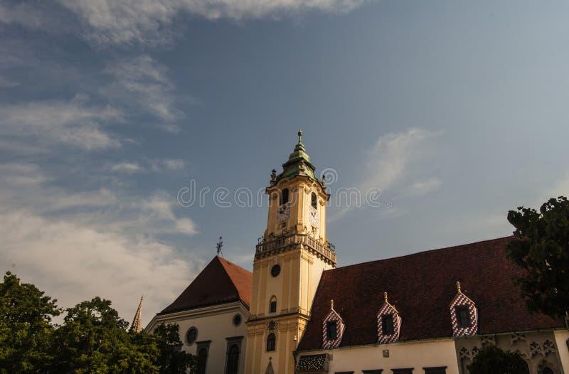 Bratislava gata Slovakien arkivbilder