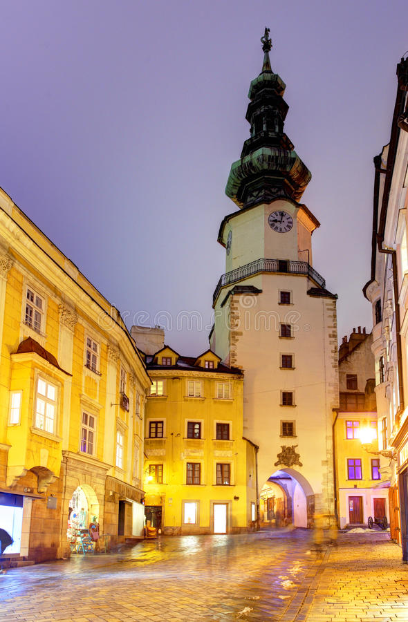 Bratislava - Michael Tower (Michalska Brana), Eslováquia. imagens de stock royalty free