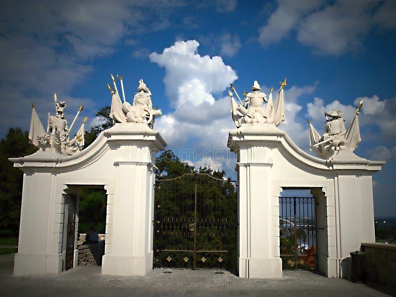Bratislava - porte de Leopold s de château - la SLOVAQUIE photo libre de droits