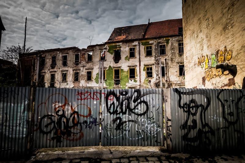 Bratislava - rozbiórka po środku historycznej części miasto zdjęcia stock