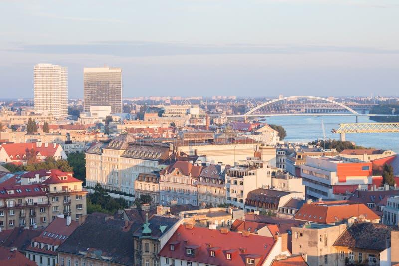 Bratislava-Skyline lizenzfreie stockfotos