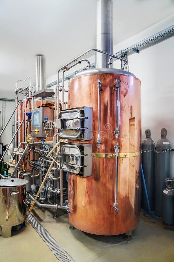 Brauenausrüstung an der Brauerei stockfoto