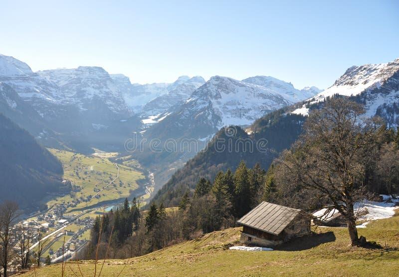Download Braunwald, Zwitserland stock foto. Afbeelding bestaande uit snowbank - 29505512