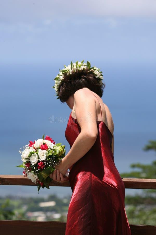 Braut, die weg schaut stockbild