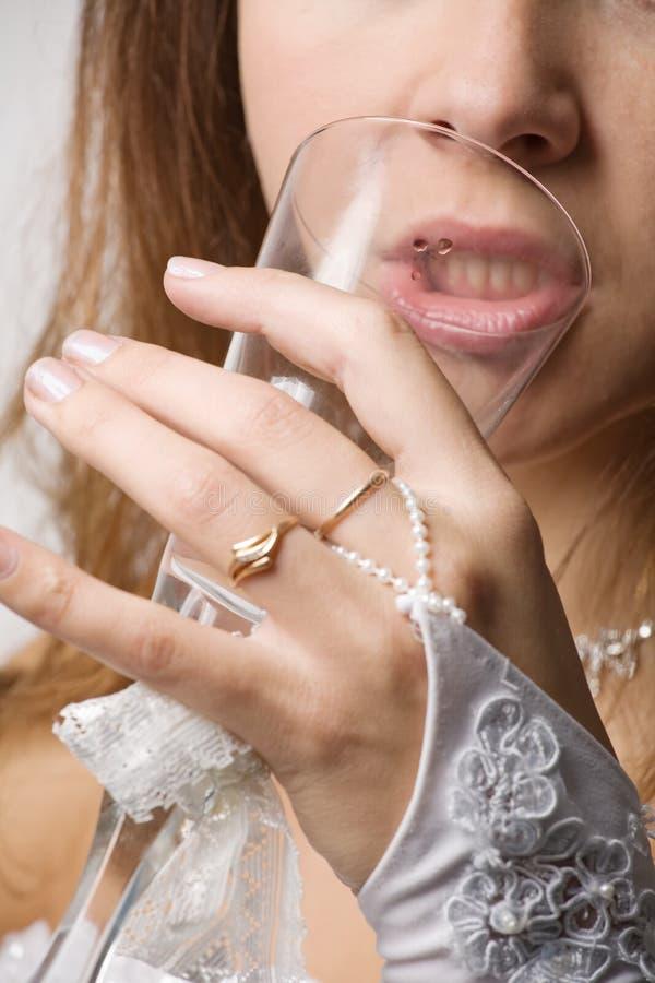 Braut mit Glas stockbilder