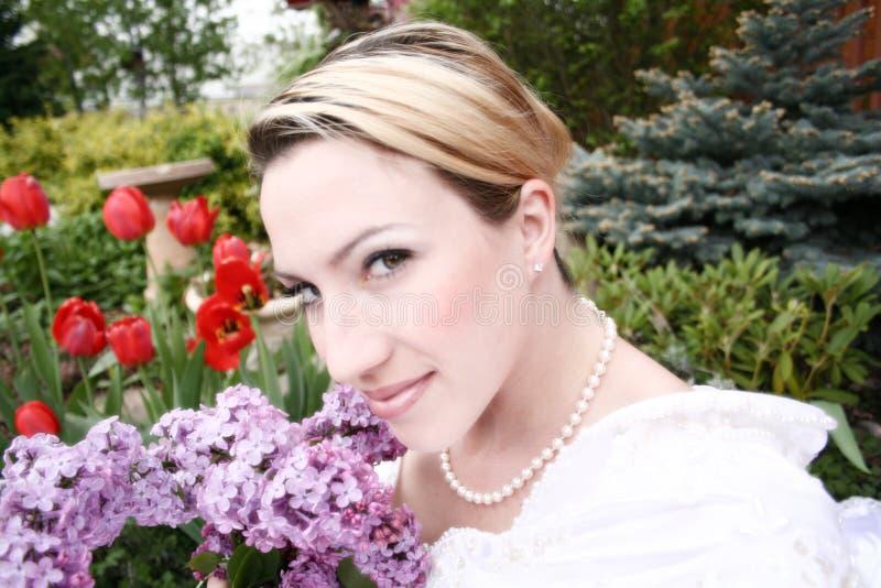 Braut und Boquet lizenzfreies stockbild