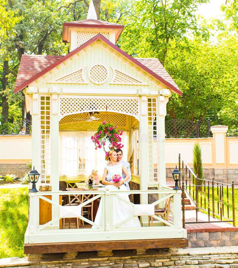Braut- und Bräutigam-Hochzeitstag stockfoto