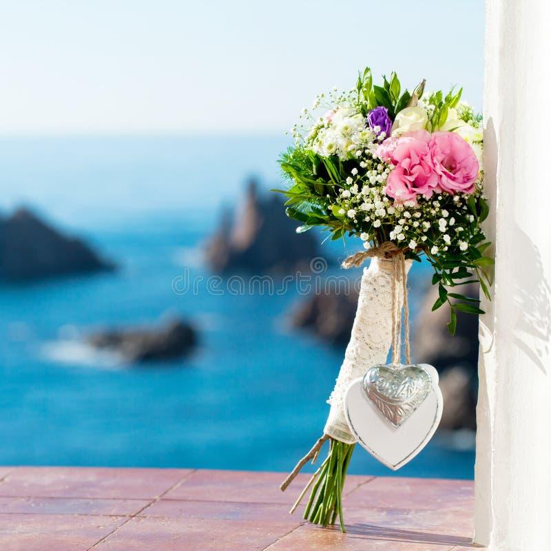 Brautblumenblumenstrauß. lizenzfreie stockfotos