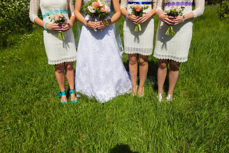 Brauthochzeitsblumen- und -brautblumenstrauß stockfoto