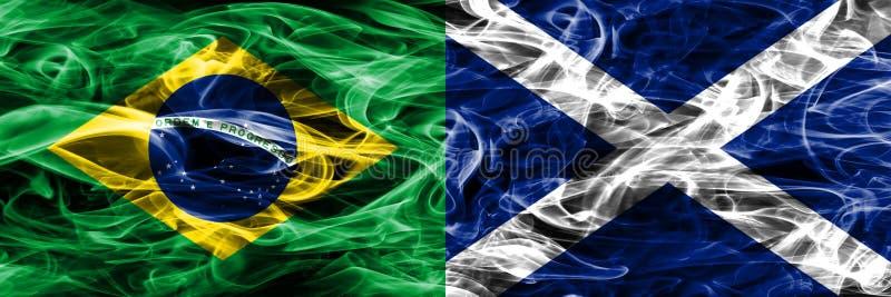 Brazilië versus zij aan zij geplaatste de rookvlaggen van Schotland royalty-vrije illustratie