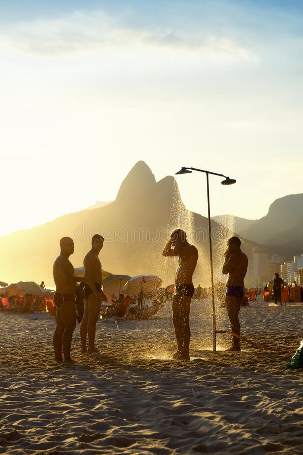 naked group shower men