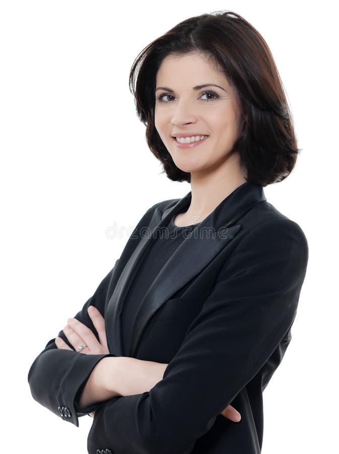 Brazos caucásicos sonrientes hermosos del retrato de la mujer de negocios cruzados foto de archivo