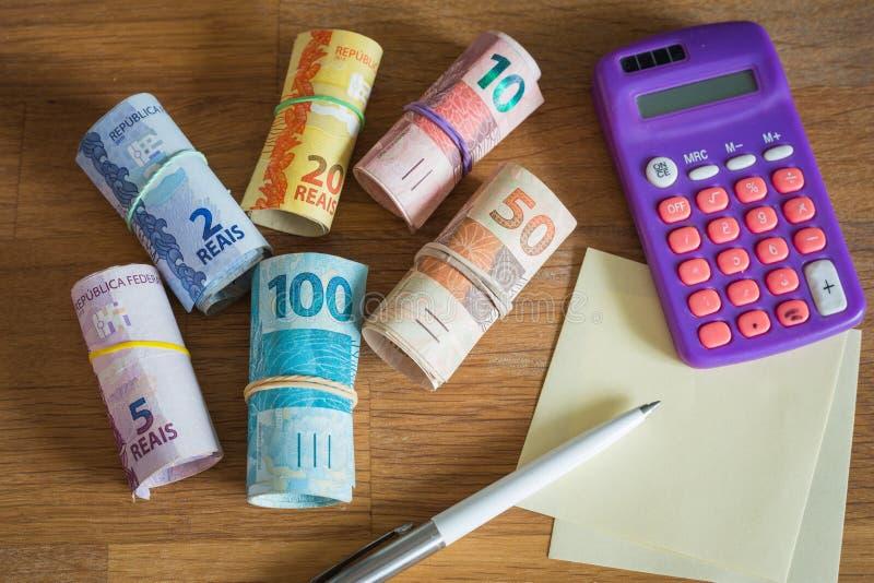 Brazylia pieniądze, reais pojęcie gospodarstwo domowe budżet/ zdjęcia royalty free