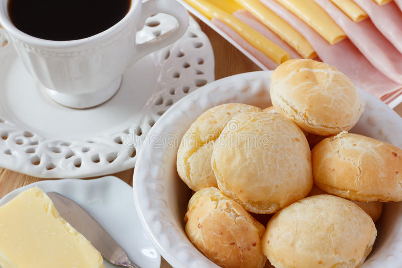 Brazylijska przekąska Pao De Queijo (serowy chleb) obrazy stock
