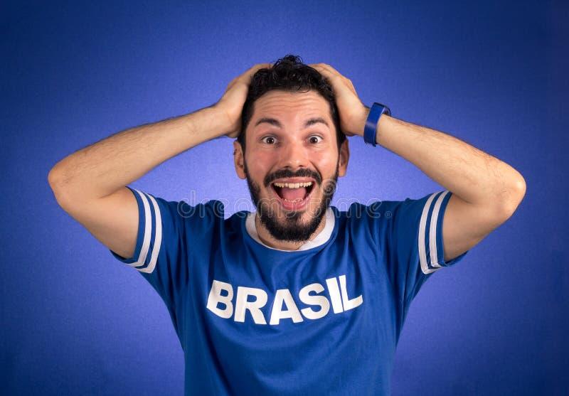 Brazylijski zwolennik drużyna narodowa. futbol zaskakuje obraz royalty free