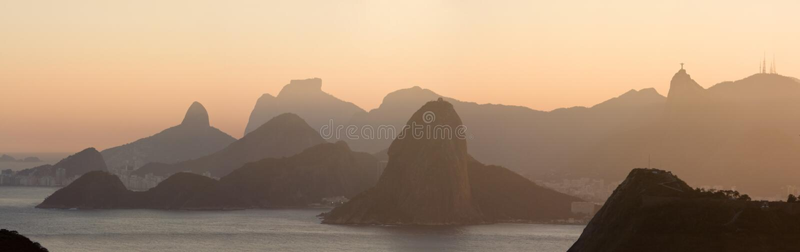 Brazylijskie bay De janeiro Guanabara mięczaka panoramy Rio sugar fotografia royalty free