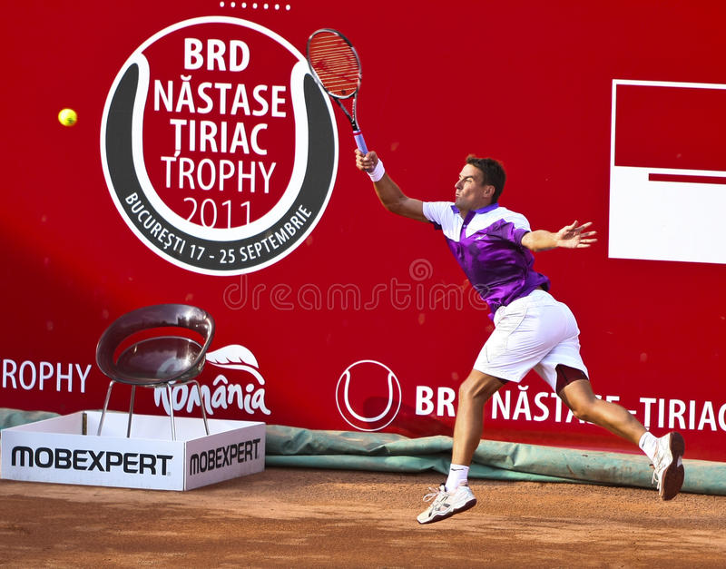 Download BRD Open : Joao SOUZA (BRA) Vs Tommy ROBREDO (ESP) Editorial Photo - Image: 21233501