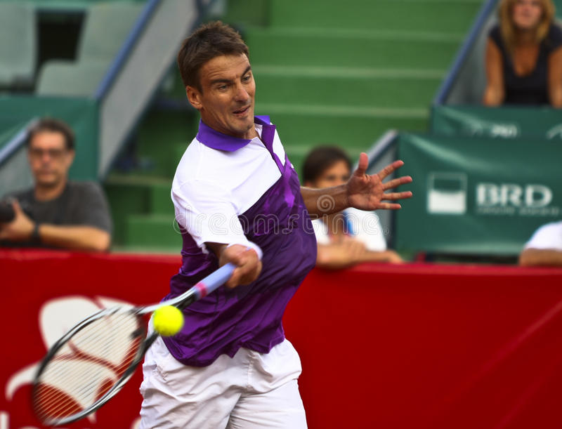 Download BRD Open : Joao SOUZA (BRA) Vs Tommy ROBREDO (ESP) Editorial Photo - Image of arena, court: 21233836