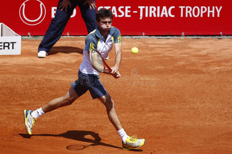 Download BRD Open 2013 Singles Semi-Final:Lukasz Rosol-Gilles Simon Editorial Photography - Image of dlouhy, marach: 30703657