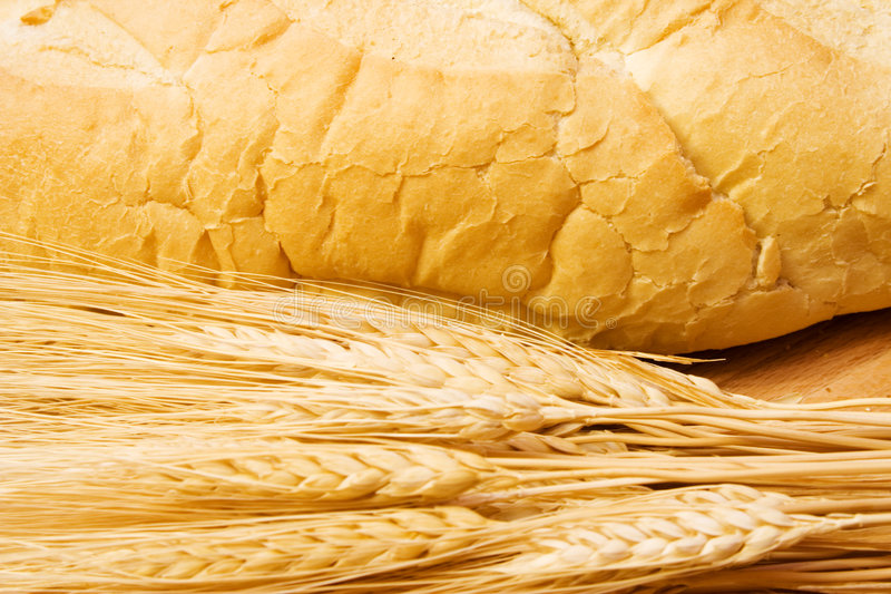 Download Bread Cutting Board Royalty Free Stock Photography - Image: 1703617