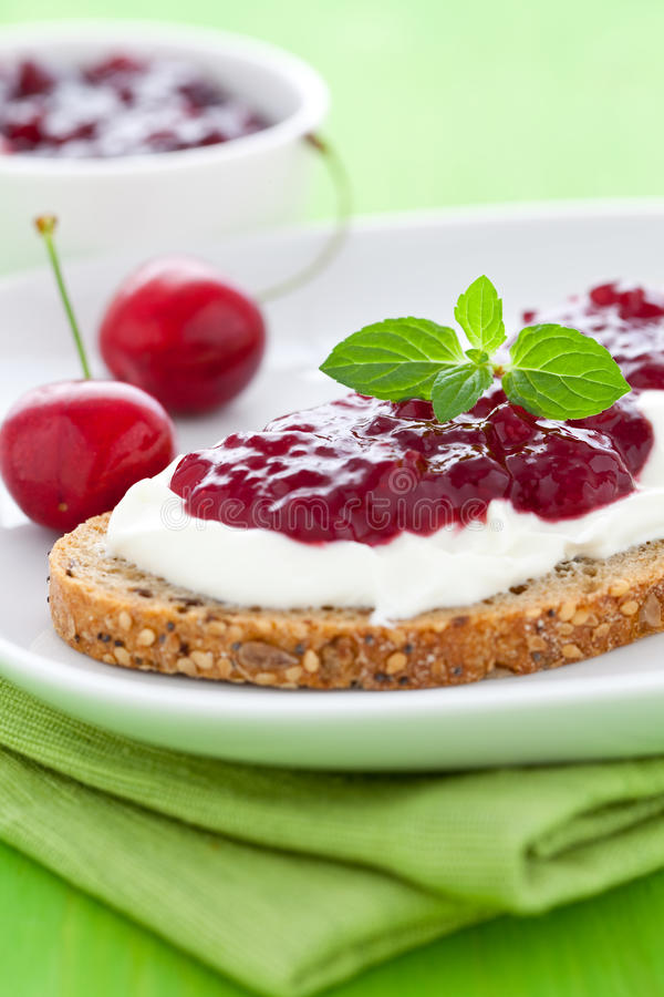 Free Bread With Jam And Quark Royalty Free Stock Photo - 19927765