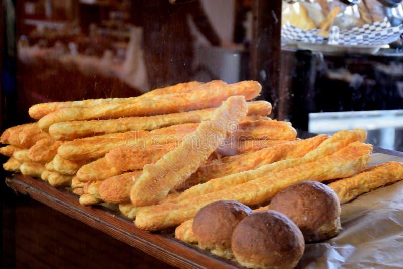 Breadsticks ser i bochenki chlebowi fotografia stock