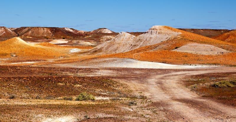 Breakaways stranieri Coober Pedy Australia del paesaggio immagini stock