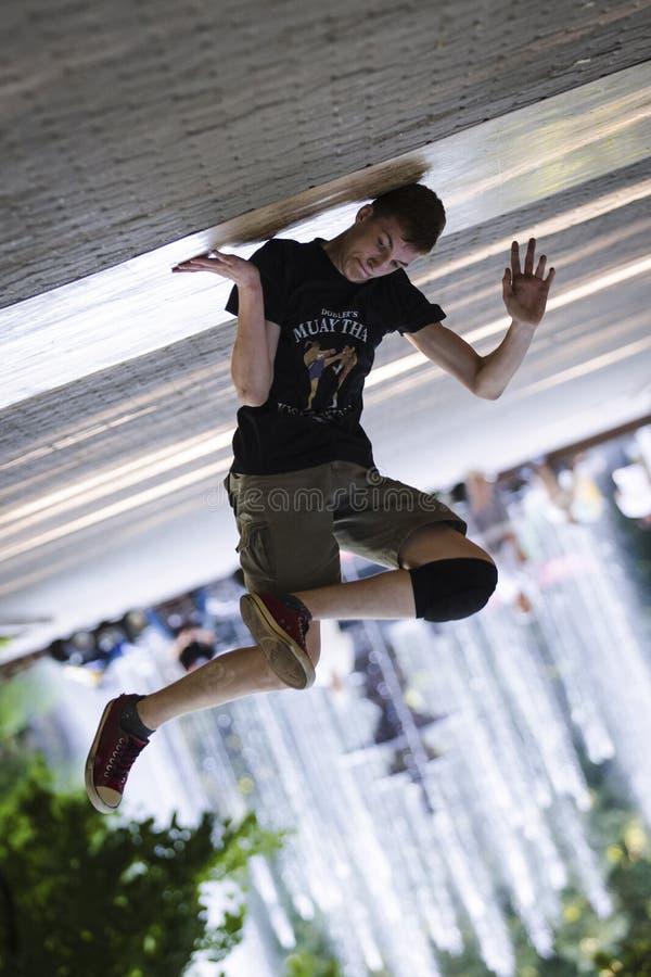 Breakdance танцев Гай стоковое фото rf