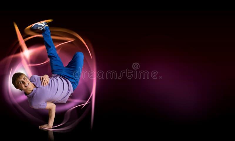 Breakdancer стоя в наличии стоковая фотография rf