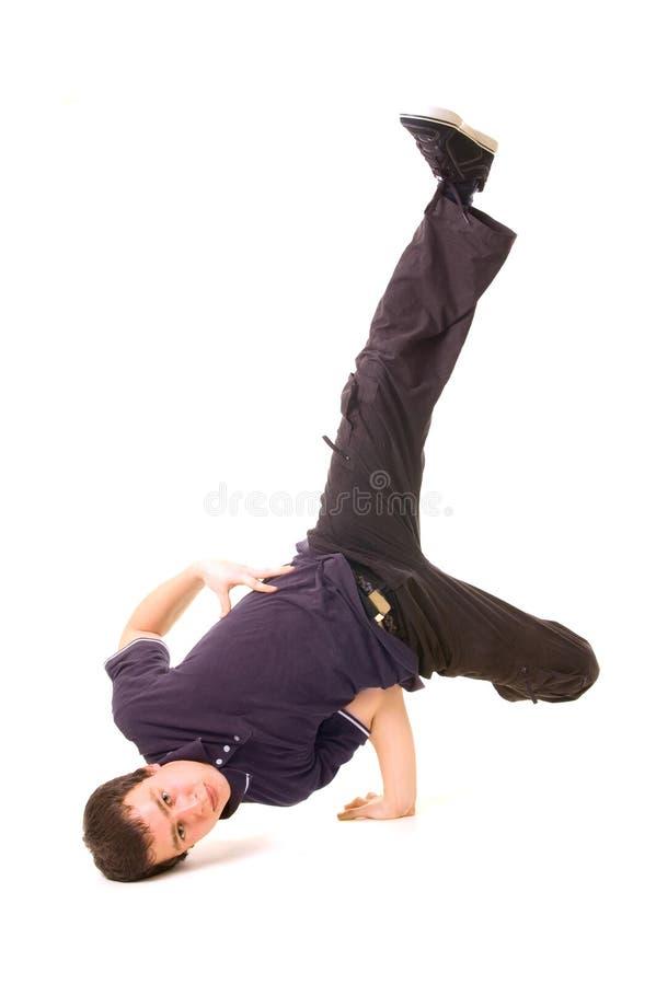 Breakdancer in vestiti scuri fotografie stock