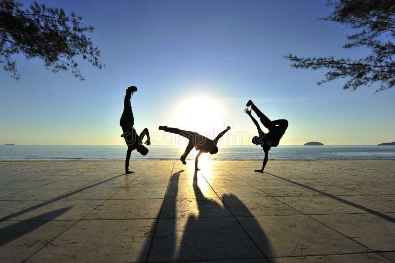 Breakdancers in der Tätigkeit stockfoto