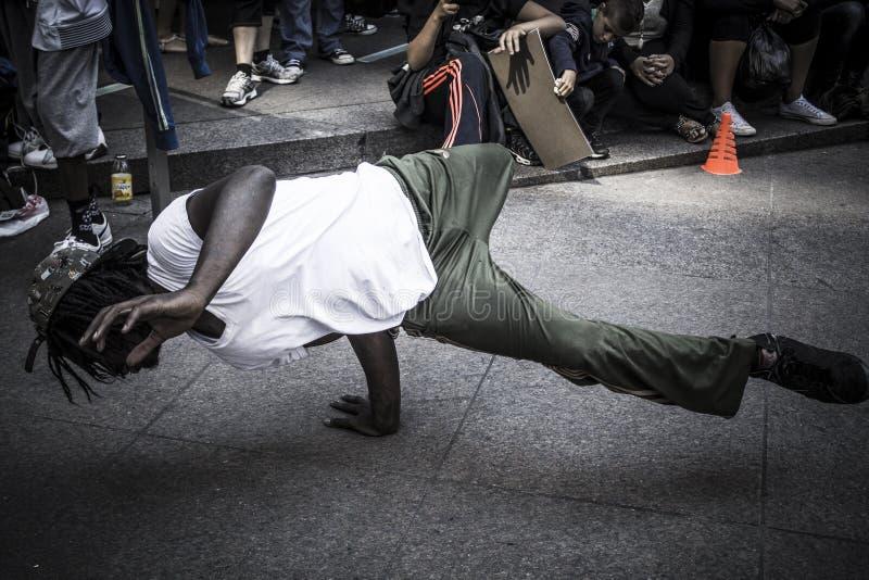 Breake danspojke arkivfoto