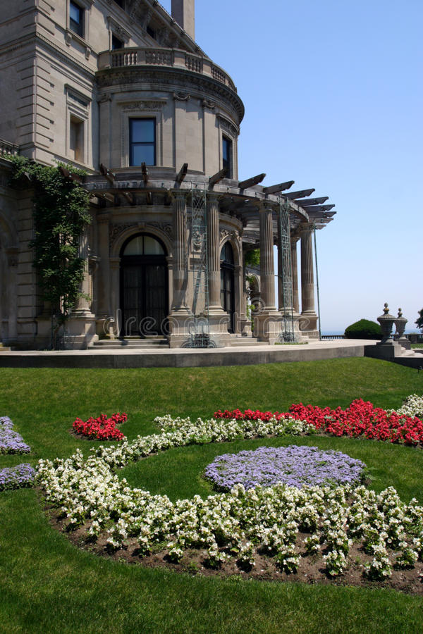 Breakers, built by Cornelius Vanderbilt of the Gilded Age, as seen on the Cliff Walk, Cliffside Mansions of Newport Rhode Island stock photos